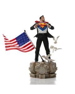 Clark Kent Deluxe - 1/10 Art Scale - DC Comics - Iron Studios