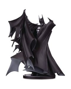 Batman - Black and White By Todd Mcfarlane - DC Comics - DC Collectibles