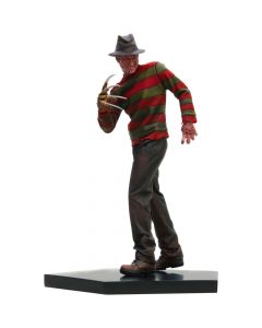 Freddy Krueger 1/10 Art Scale (VERSÃO REGULAR) - A Nightmare On Elm Street - Iron Studios