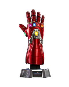 Nano Gauntlet - Life Size Collectible Figure - Avengers: Endgame - Hot Toys